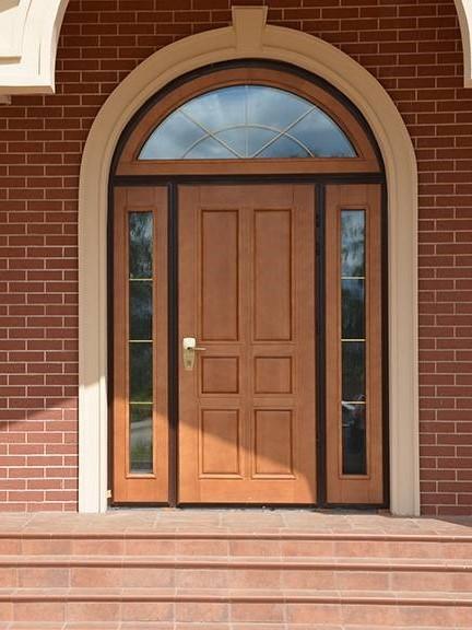 недорогие входные двери для загородного дома